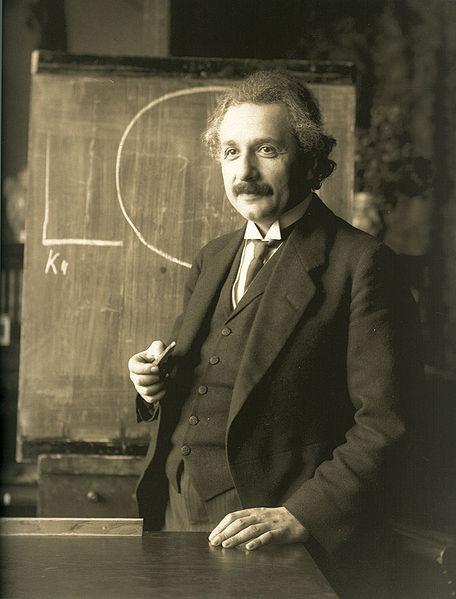 456px-Einstein_1921_by_F_Schmutzer